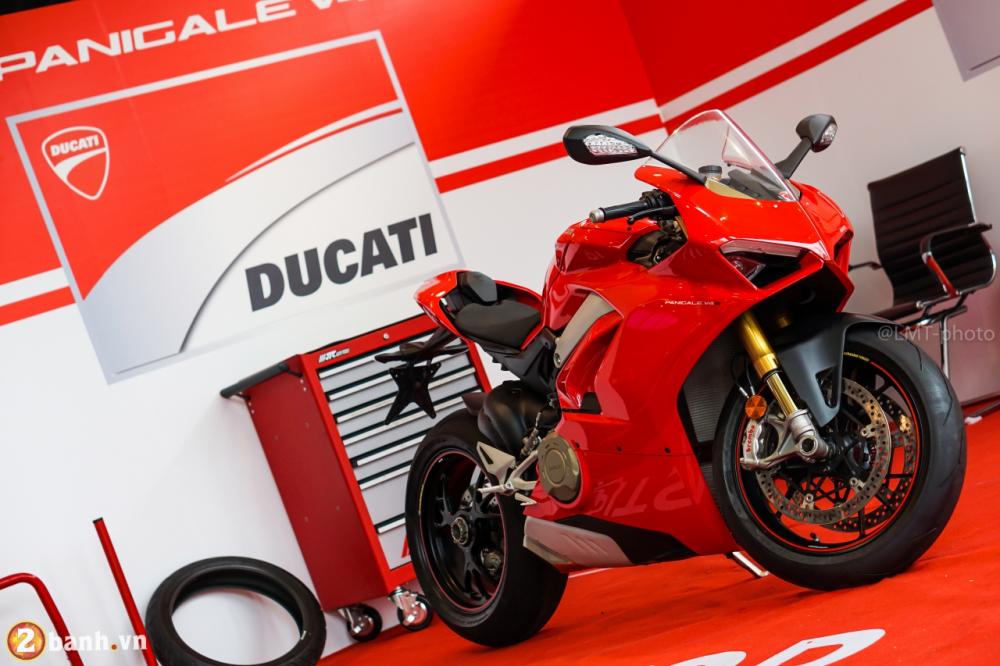 Danh gia nhanh Ducati Panigale V4 S gia khoang 937 trieu Dong tai Sai Gon