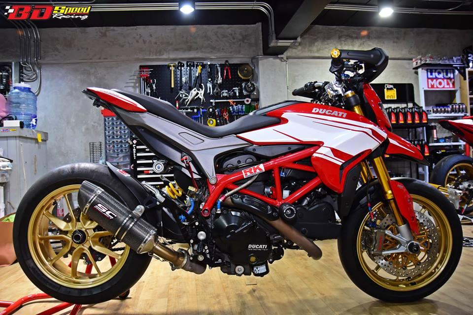 Ducati Hypermotard 821 ban do day hieu nang den tu Bd speed racing