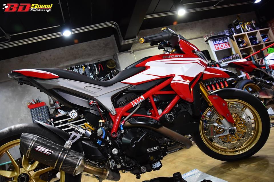 Ducati Hypermotard 821 ban do day hieu nang den tu Bd speed racing - 7