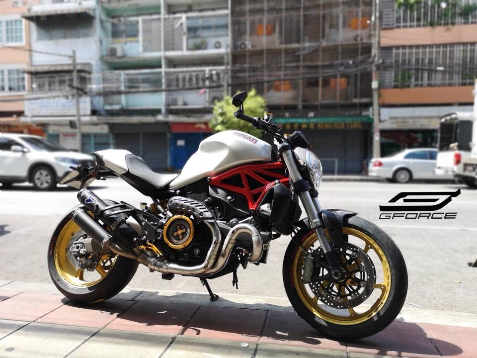 Ducati Monster 821 Ga quai vat trung nien dep long lon sau khi nang cap
