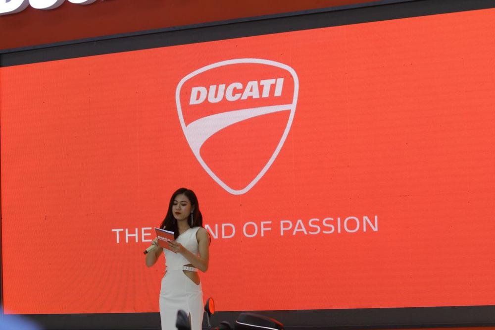 Ducati cong bo gia ban Panigale V4 Multistrada 1260 va Scrambler 1100 tai Viet Nam - 11