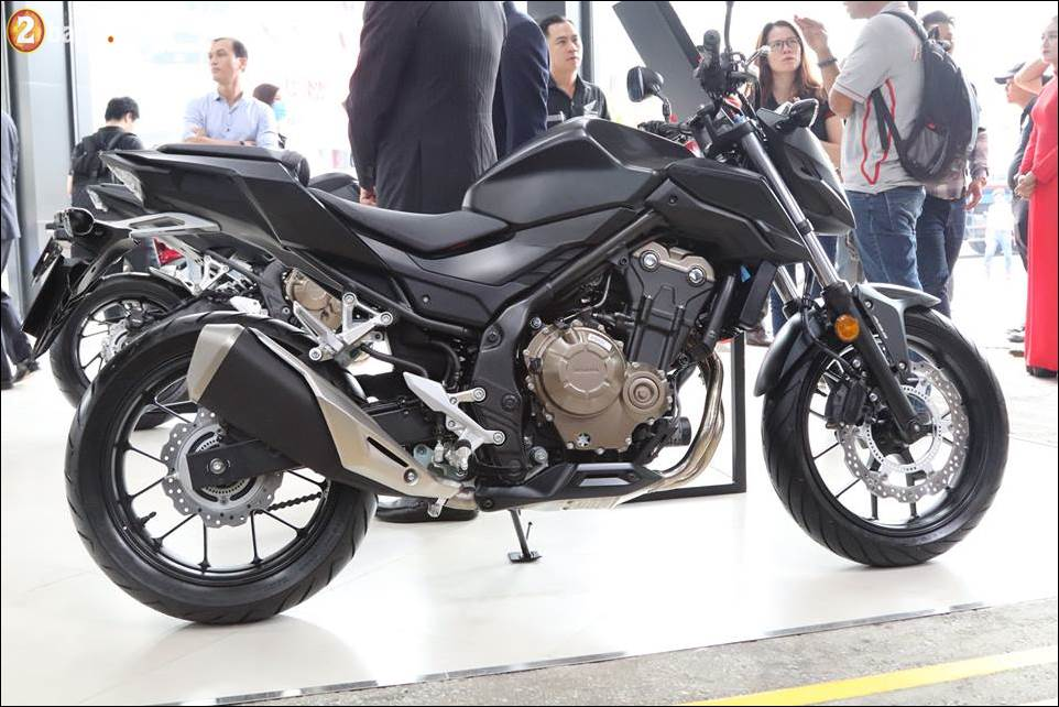 Honda CB500F CB500X Rebel 500 ban se chon mau xe nao - 4