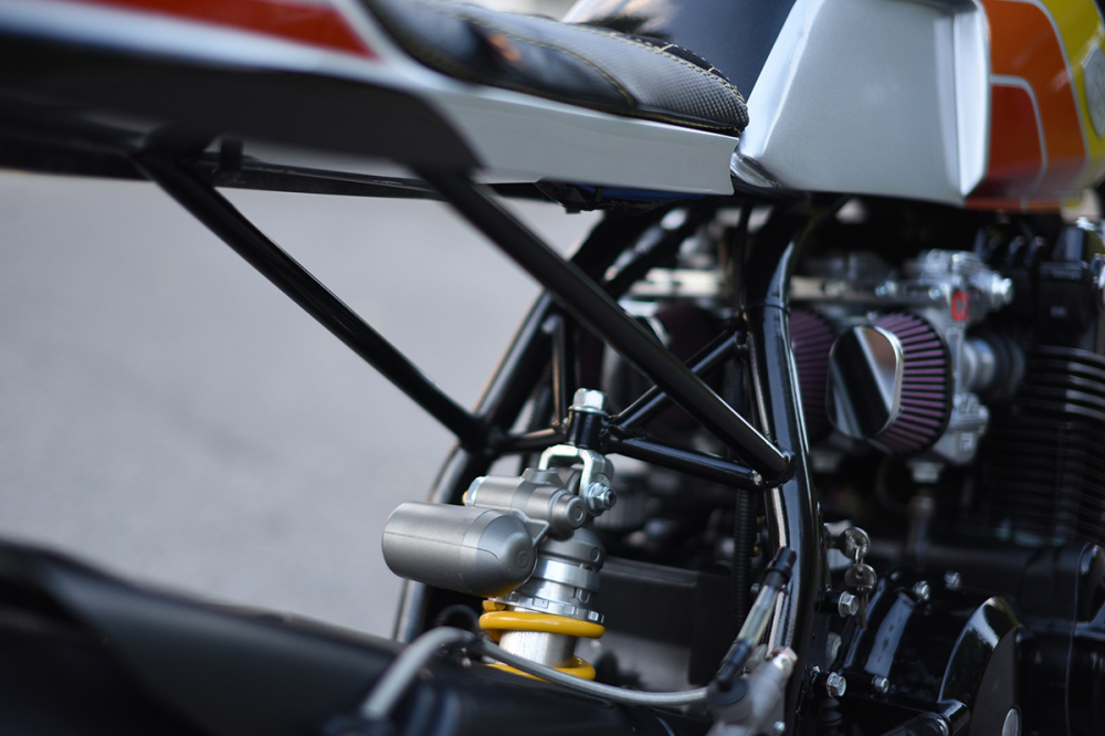 HONDA CB900F ban do Cafe Racer mang ten The Evil Twin - 6