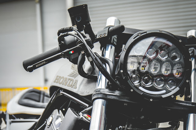 Honda Rebel 500 do chat choi theo phong cach Cafe Racer - 4