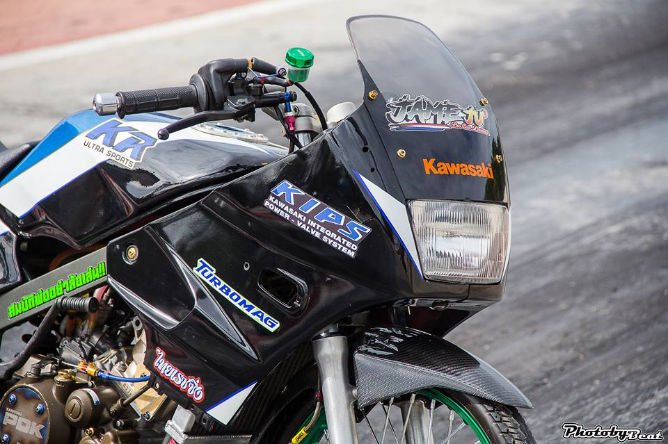 Kawasaki Kips 150 do mang ve dep kieu sa day dang cap tren dat Thai