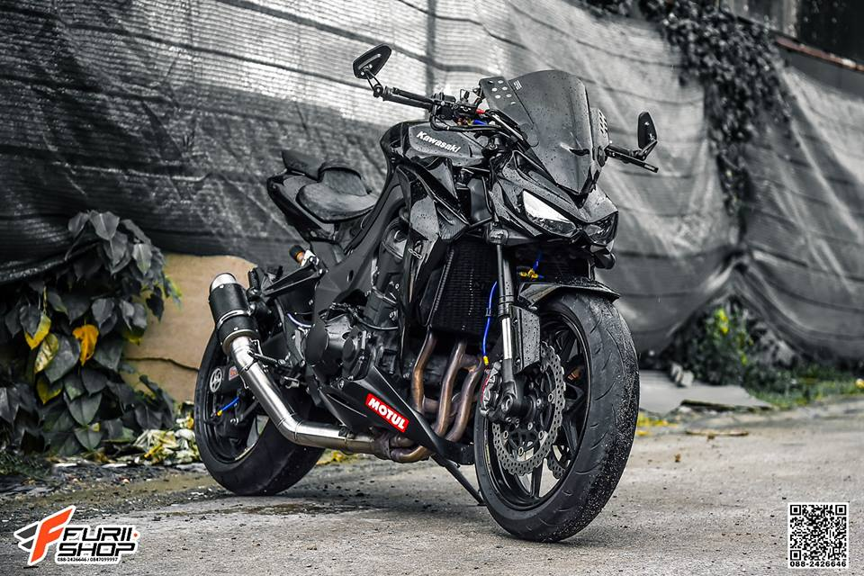 Kawasaki Z1000 ve dep huyen bi trong than hinh full black