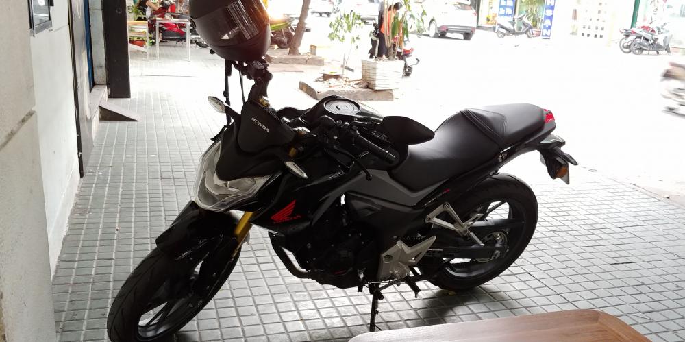 Len cc ban Honda CB190R odo 700km