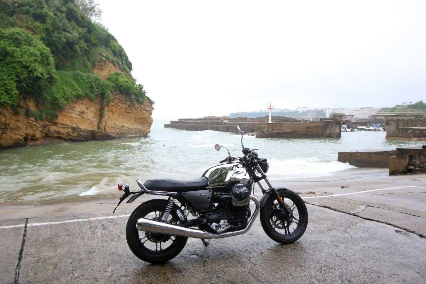 Moto Guzzi V7 III Limited Edition phien ban gioi han 500 chiec - 4