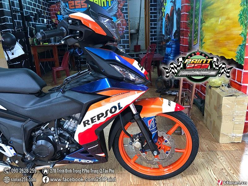 Son tem dau winner phien ban truong dua Cam REPSOL cuc dep - 3