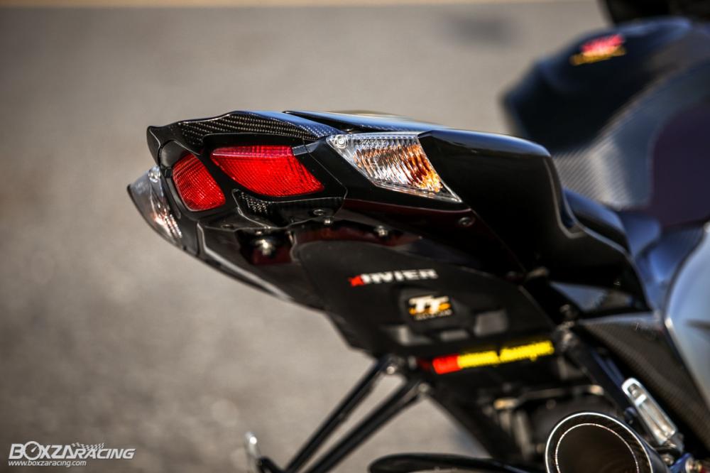 Suzuki GSXR1000 K9 an pham Dark knight dep ngay ngat long nguoi - 12