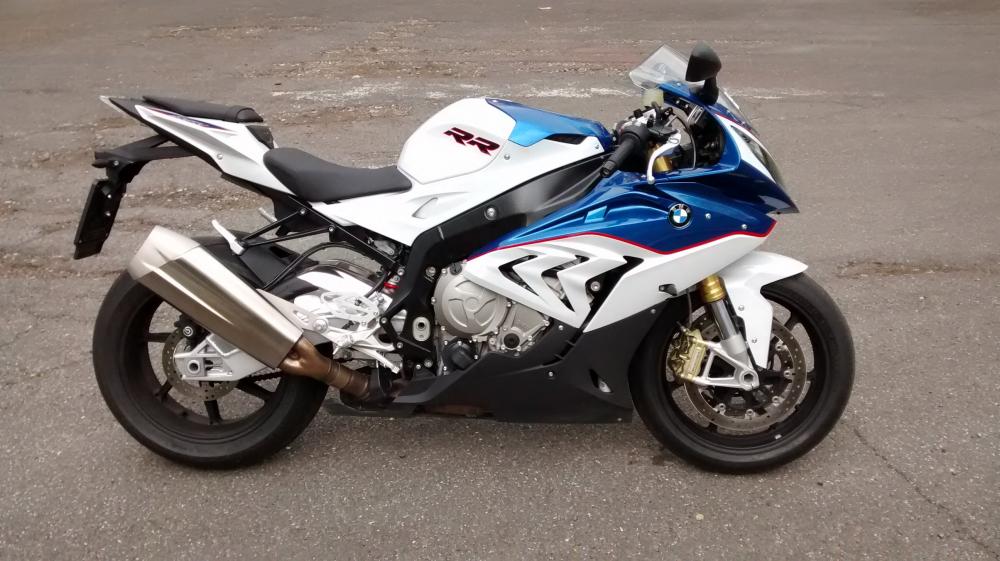 Tong hop cac doi cua sieu mo to dinh dam BMW S1000RR - 7