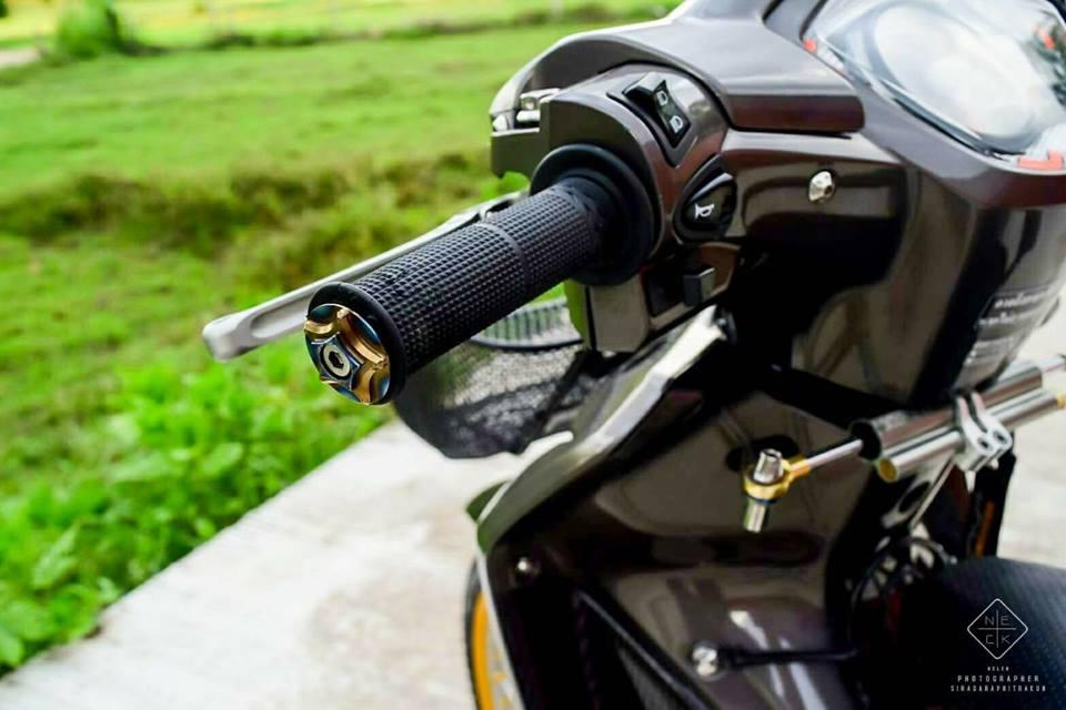Wave 110 vua dap thung da do sieu dinh cua biker Thailand - 4