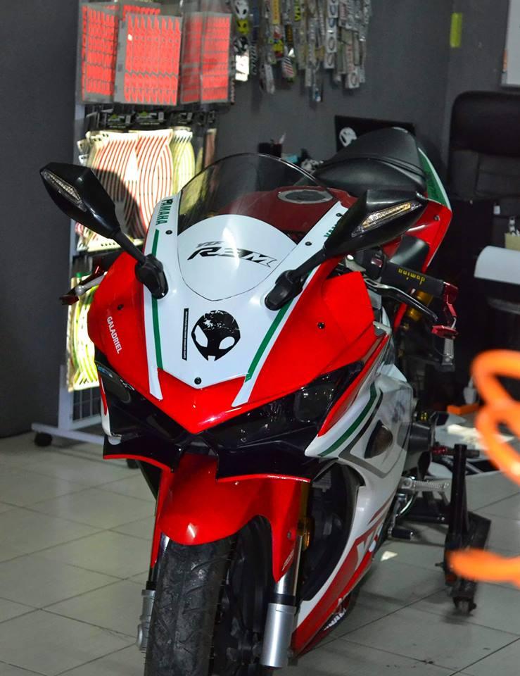 Yamaha R3 ban do khac biet mang ten R3M AMG V4 - 3