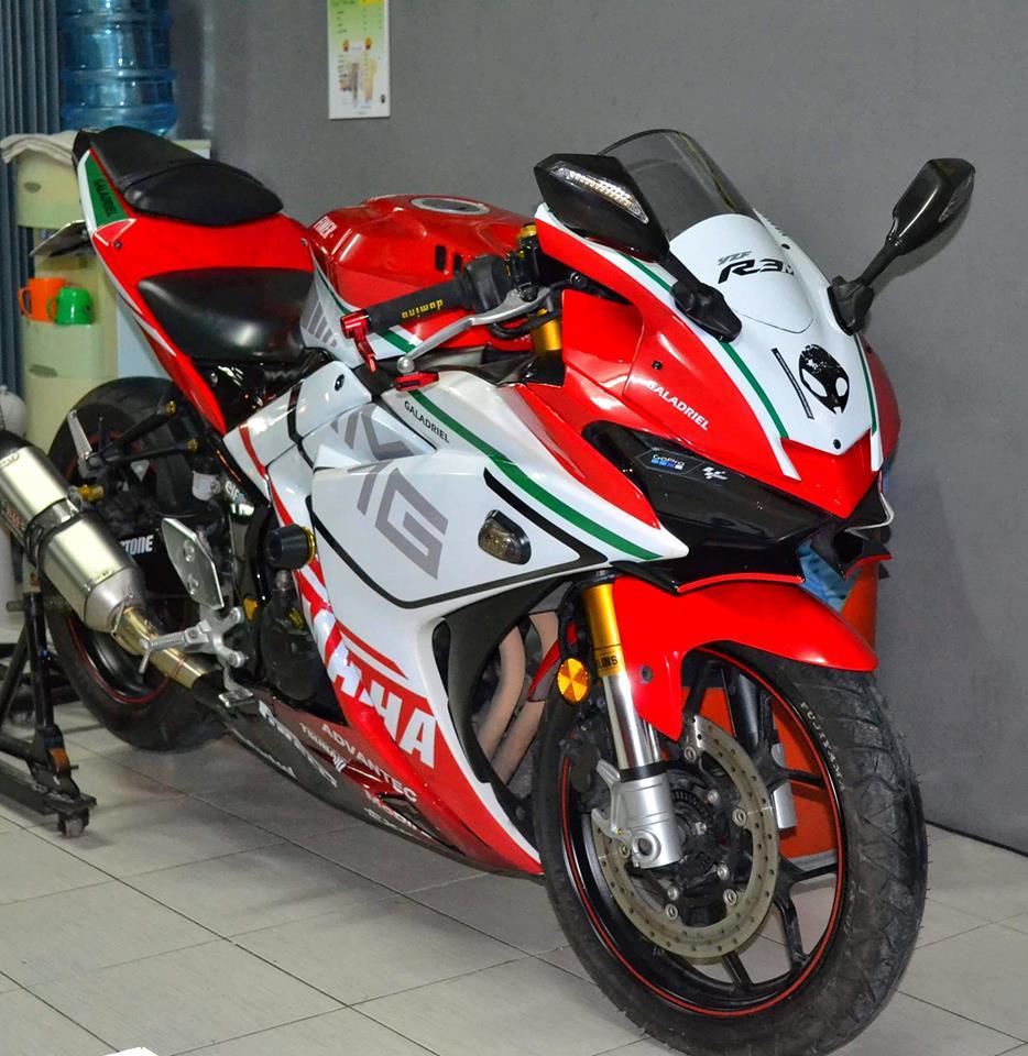 Yamaha R3 ban do khac biet mang ten R3M AMG V4 - 5