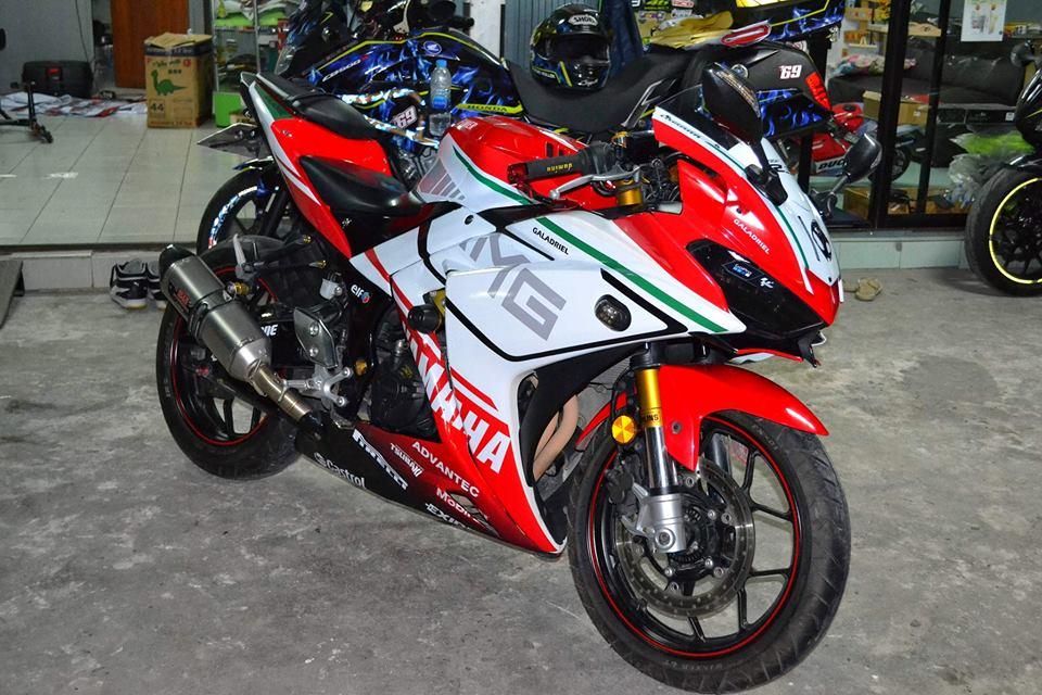 Yamaha R3 ban do khac biet mang ten R3M AMG V4 - 9