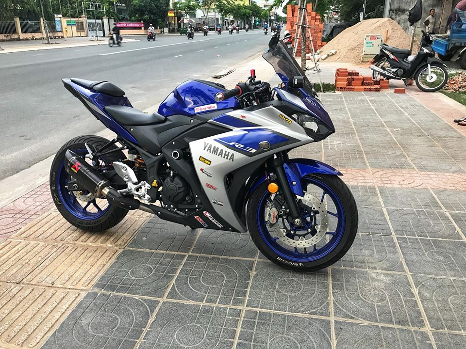 Yamaha R3 mau Sport city do phong cach Touring cua Biker Viet - 11