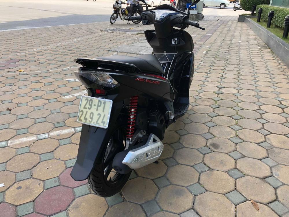 Air blade 125 Black den san 29P 24924 khoa bam remote cao cap 36 trieu cho nguoi can dung - 5