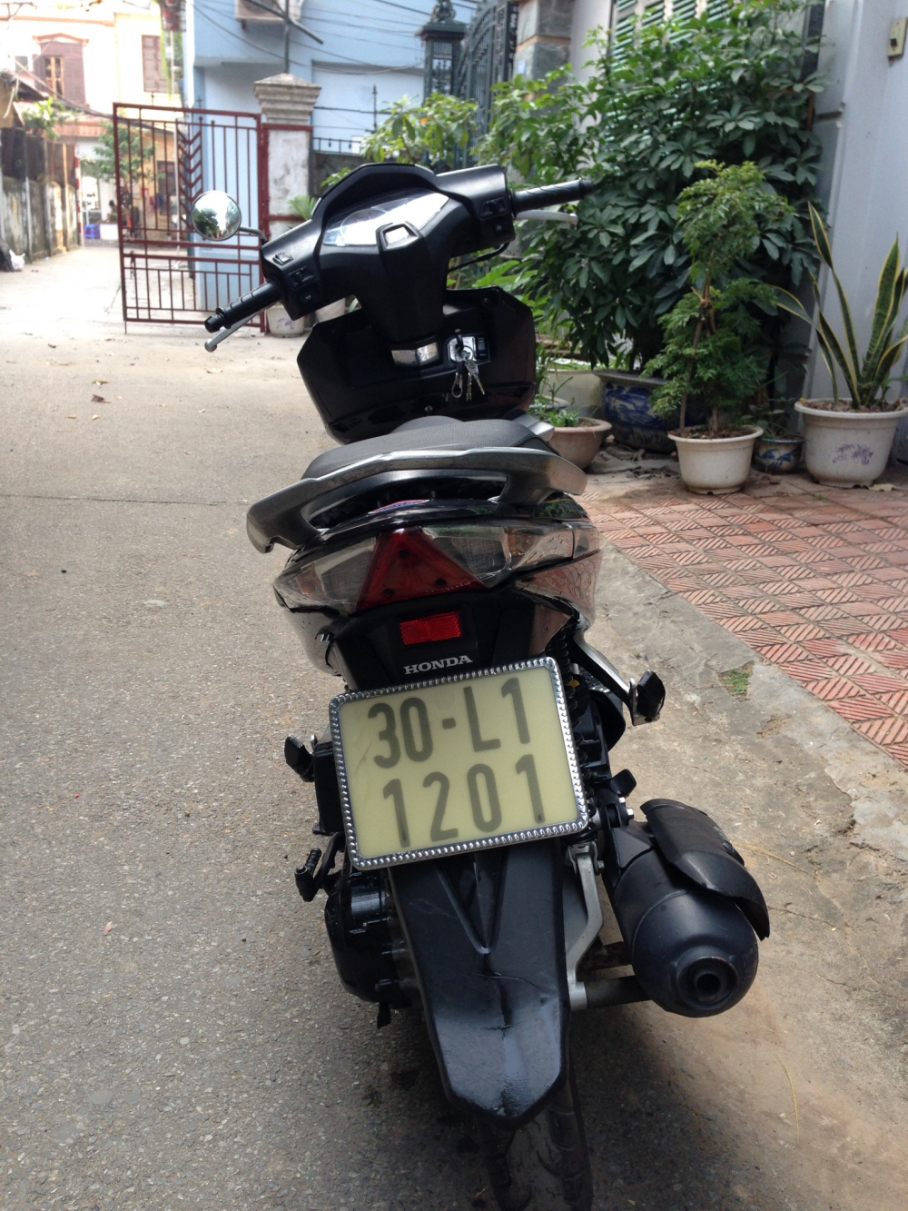 Ban xe honda airbalde 110 FI doi 2009 chinh chu bien 4 so