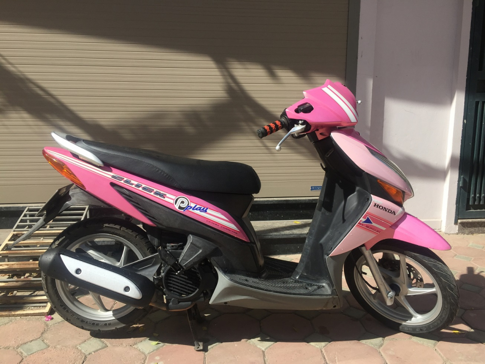 Ban xe Honda Click Bien 30Y5 Mau Hong tre trung nguyen ban chat luong tot