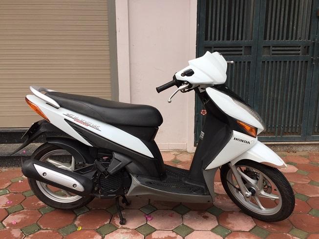 Ban xe Honda Click Bien 30Z Mau trang tre trung Chat luong cuc tot - 6