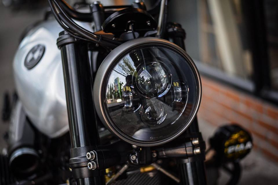 Bmw RnineT don theo phong cach Tracker style day me hoac - 4