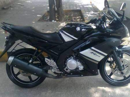 Can ban xe Yamaha R15 V1