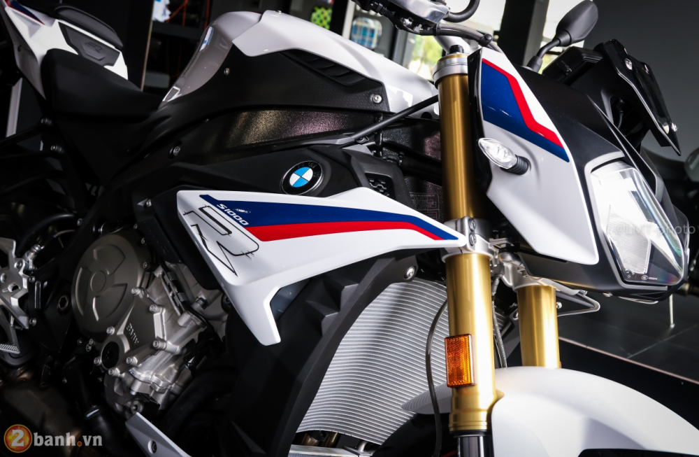Can canh BMW S1000R 2018 full option co gia tu 529 trieu VND tai Viet Nam - 3