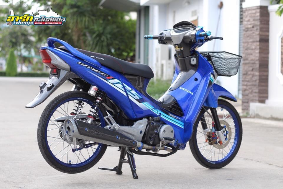 Chi tiet chiec Wave 125i do op Carbon Fiber full xe cuc dang cap tren dat Thai - 7