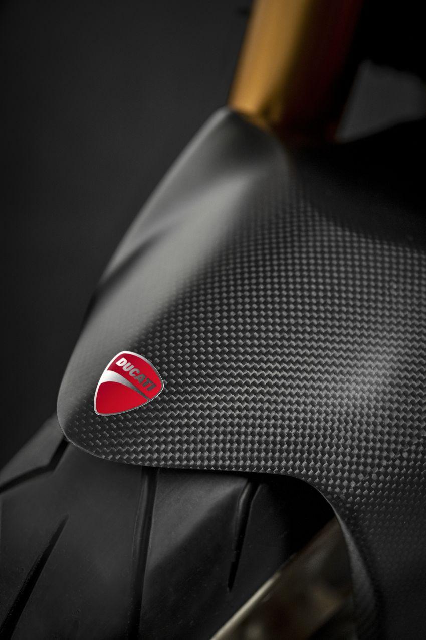 Ducati Monster 1200 phien ban ky niem 25 nam - 4