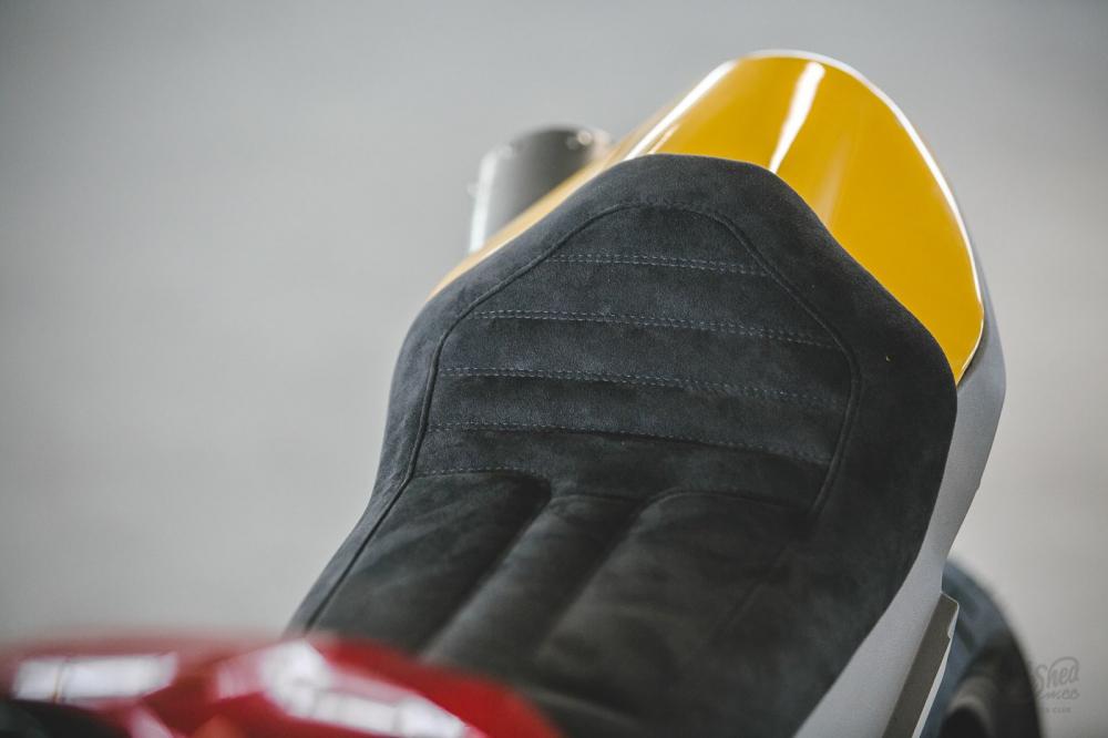 Ducati Scrambler 1100 ban do Cafe Racer den tu DeBolex - 7