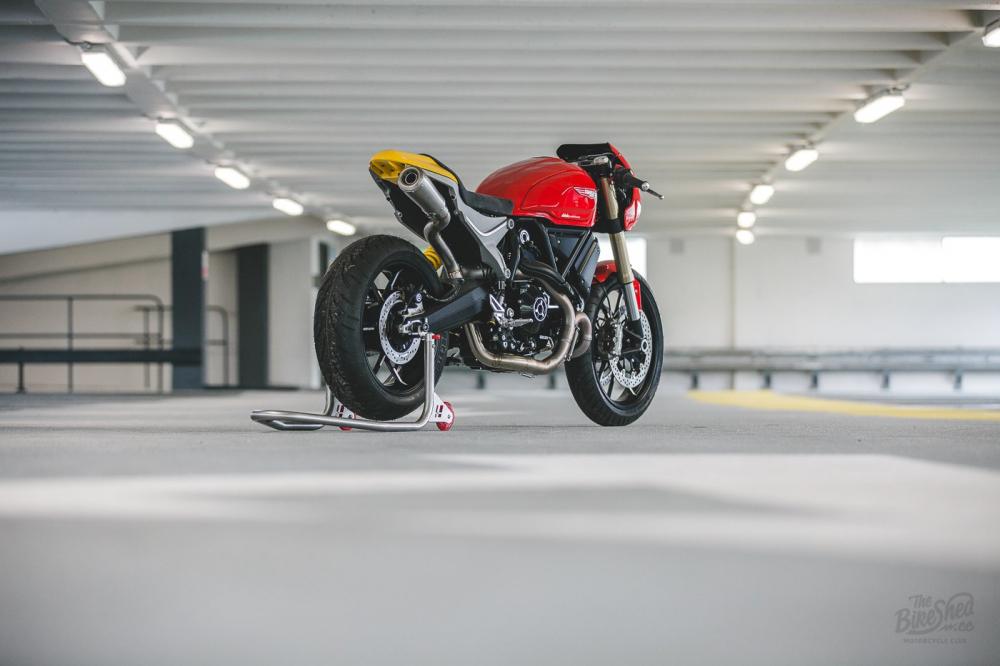 Ducati Scrambler 1100 ban do Cafe Racer den tu DeBolex - 11