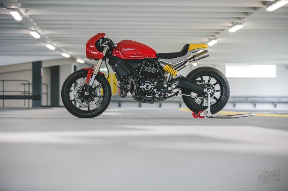 Ducati Scrambler 1100 ban do Cafe Racer den tu DeBolex - 15
