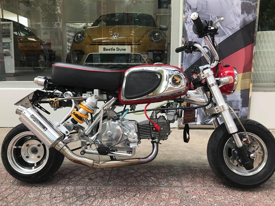 Honda Monkey 50cc Chu lun nhat ban niem dam me cua Nu Biker Viet