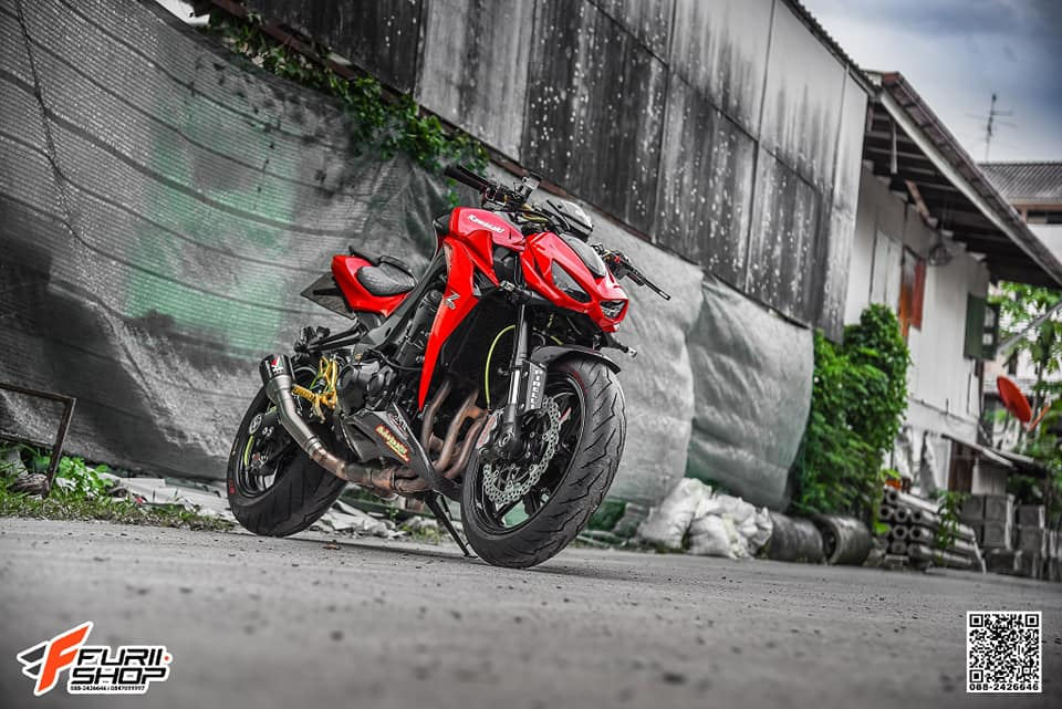 Kawasaki Z1000 ban do dep me ly voi tone mau Red Sporty