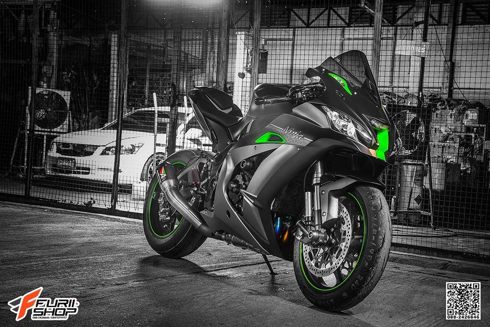 Kawasaki ZX10R ban do cang det voi mau ao Matte Black