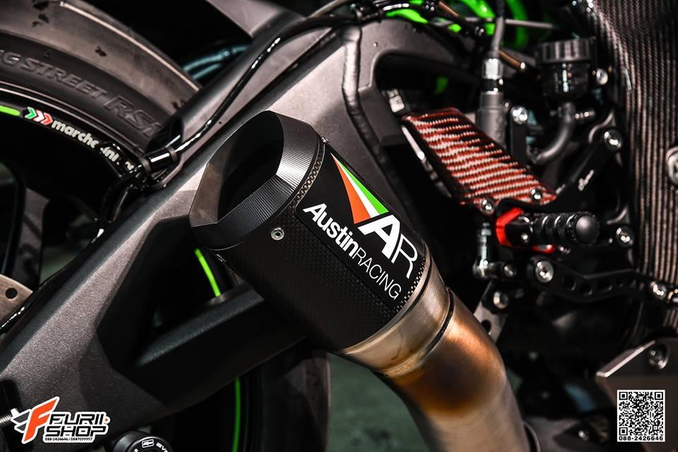 Kawasaki ZX10R ban do cang det voi mau ao Matte Black - 10