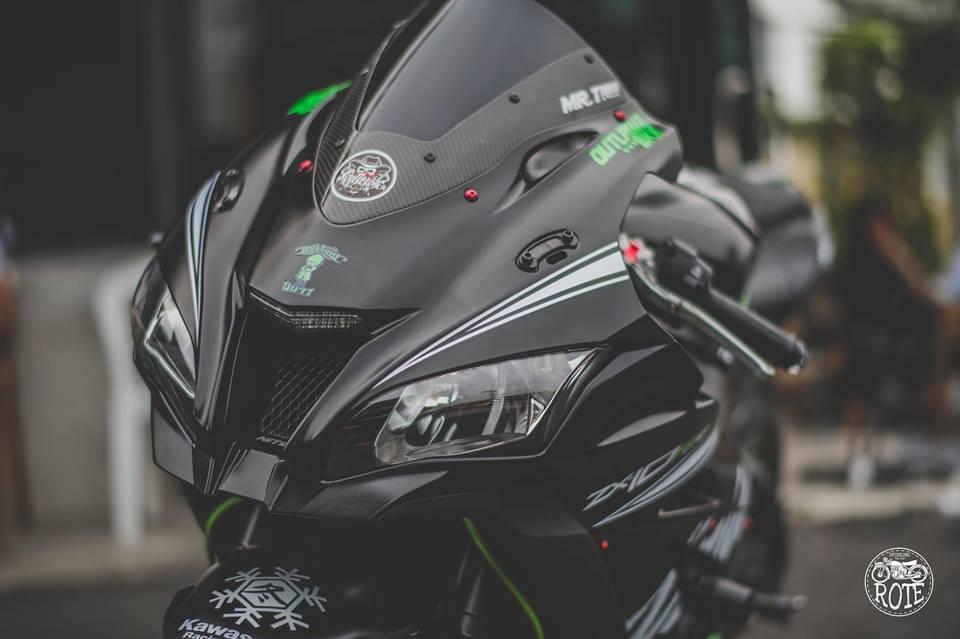 Kawasaki ZX10RR Limited ve dep tuyet sac tu phong cach Winter Test