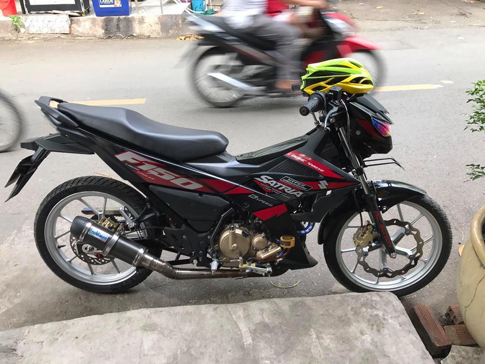 Ngam nhin Raider 150 do day thu vi voi pen dap Ducati cho phanh sau - 10