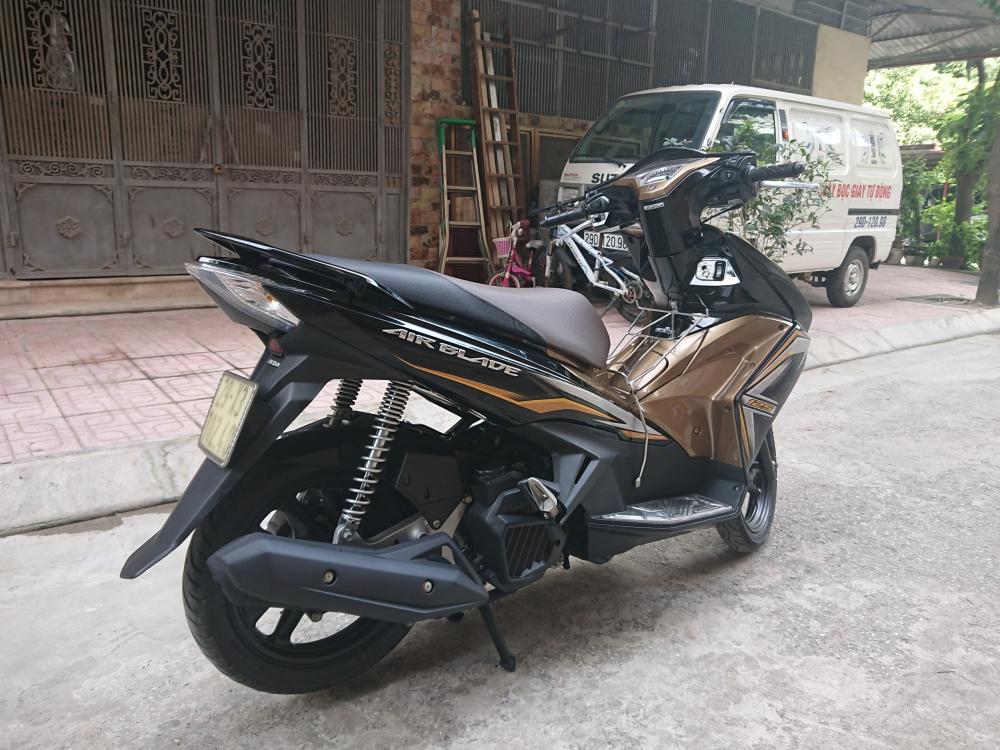 Rao ban Honda Airblade 125 vang den 2014 chinh chu su dung con moi - 4