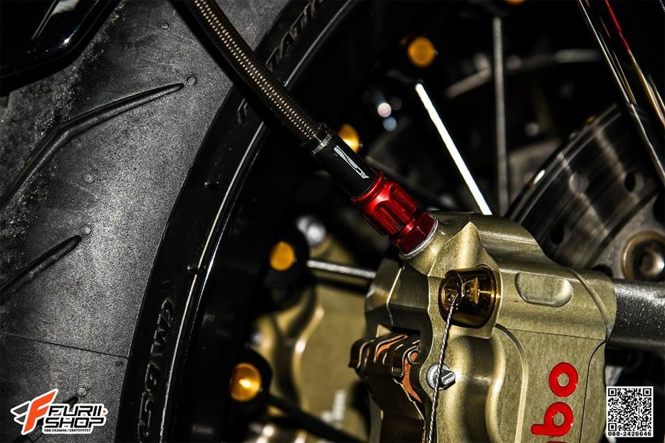 Triumph Thruxton R dep ngay ngat qua tung chi tiet do - 12