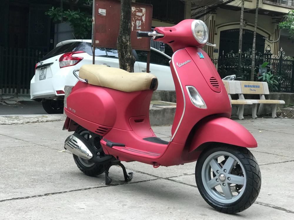 Vespa LX 125 nhap Y phien ban mau Do San bien 30F2 8772 - 5