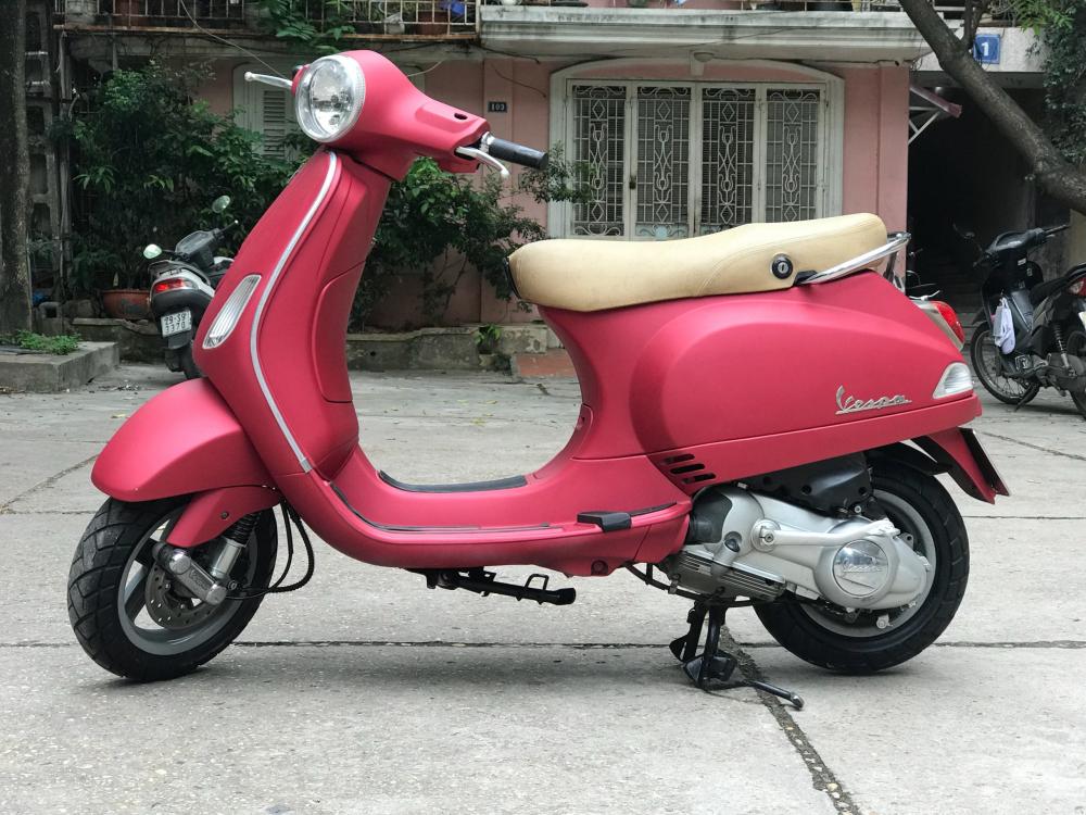 Vespa LX 125 nhap Y phien ban mau Do San bien 30F2 8772 - 6