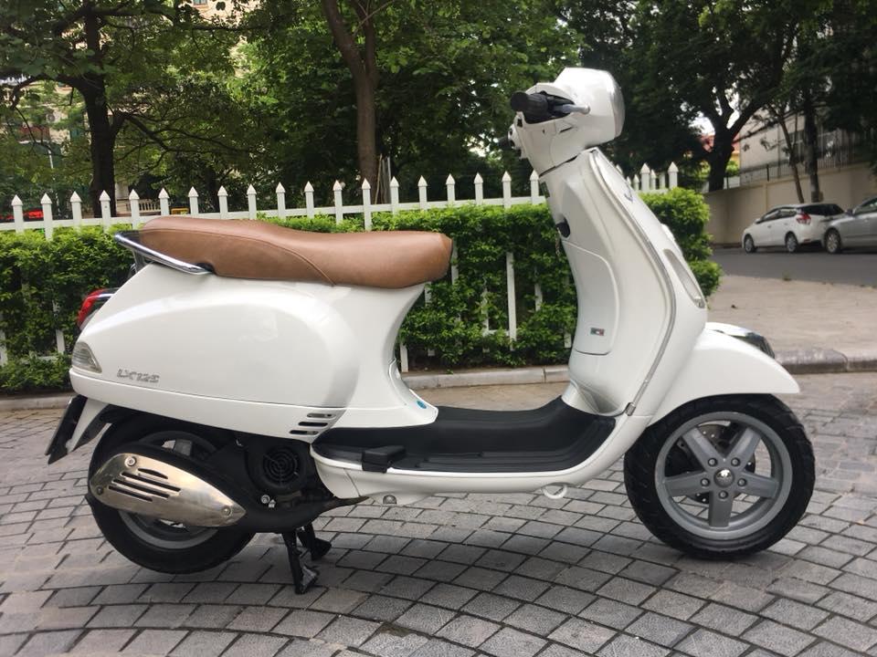 Vespa Lx 125cc VN mau trang bien Ha noi 30K7_7866 - 3