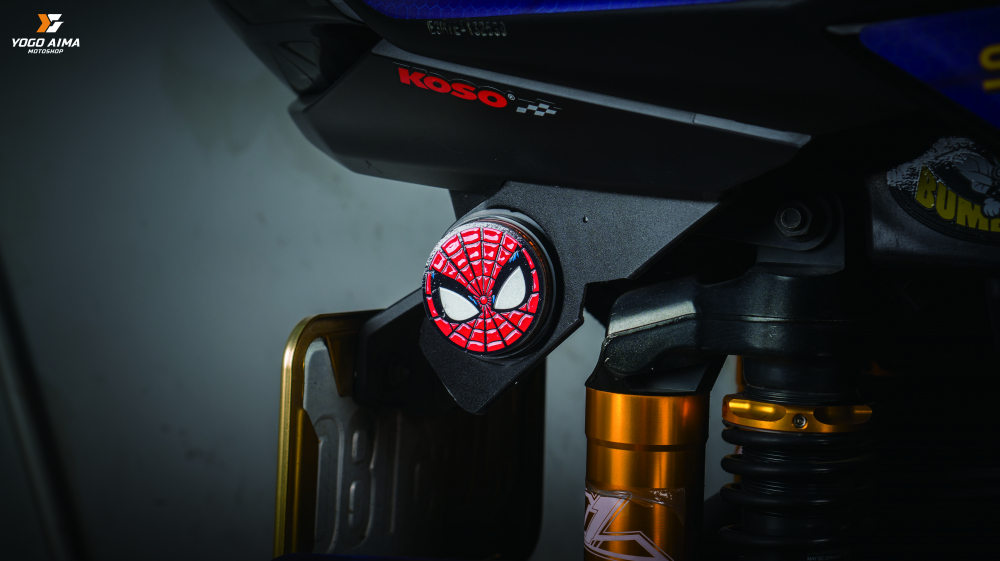 YAMAHA CYGNUSX 125 do leo tuong sieu dinh voi bo giap Spider Man - 8
