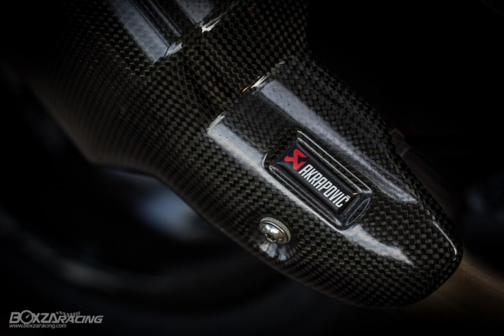 Yamaha R1Ca duoi gai doc day xuc cam qua lan Makeover - 19