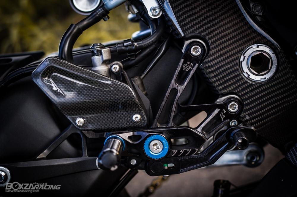 Yamaha R1Ca duoi gai doc day xuc cam qua lan Makeover - 18