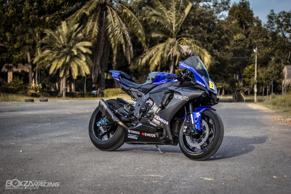 Yamaha R1Ca duoi gai doc day xuc cam qua lan Makeover - 24