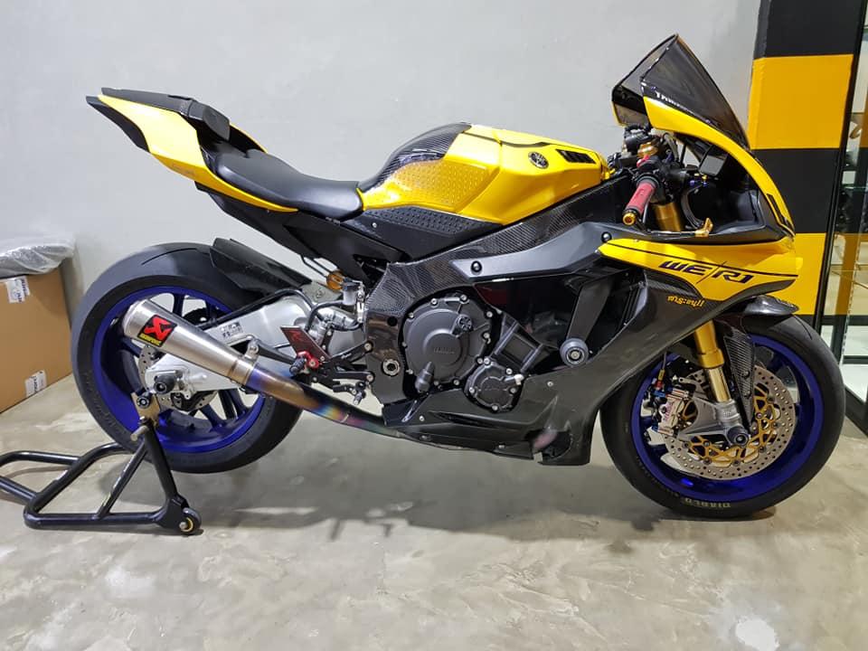 Yamaha R1 do noi bat voi tong mau Yellow Sporty