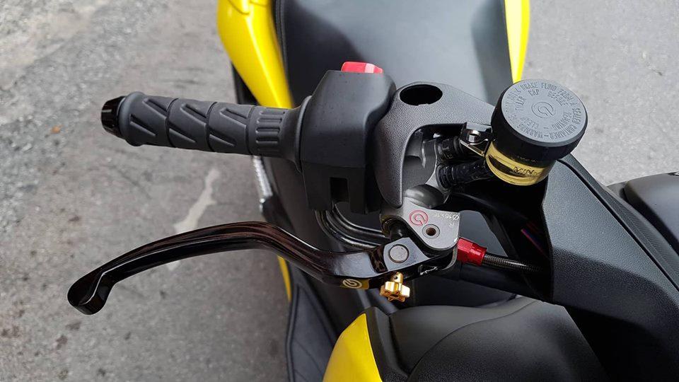 Yamaha XMax 300 ban do full option tren dat Thai - 5