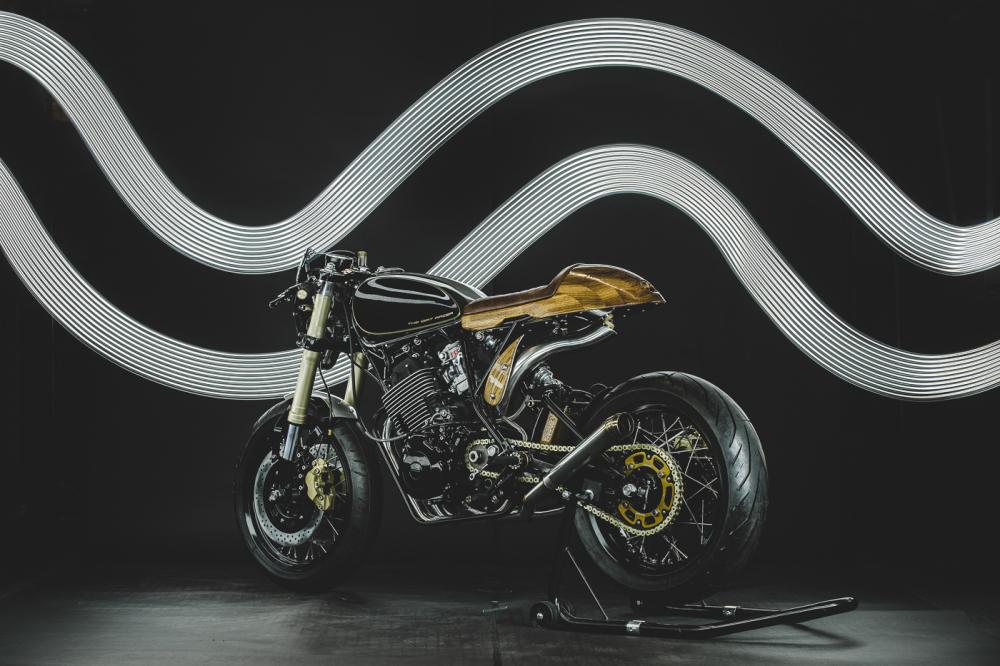 Yamaha XT600 ban do phong cach Dirt Racer den tu Lions Den Motorcycles - 17